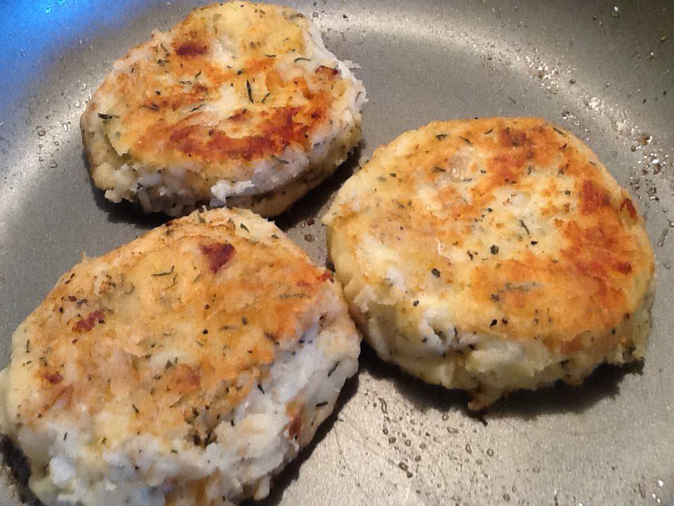 Traditional Newfoundland Fish Cakes Bonita S Kitchen