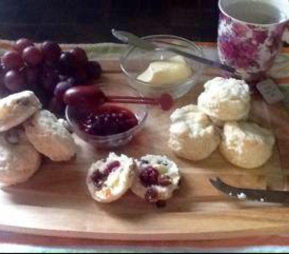 Traditional Newfoundland Tea Buns