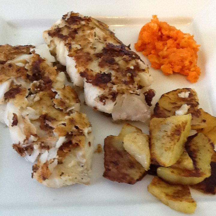 Traditional newfoundland pan fried cod fillets bonita 39 s for Fried cod fish recipes