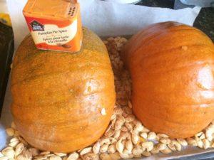 Pumpkins spice cream cheese pie
